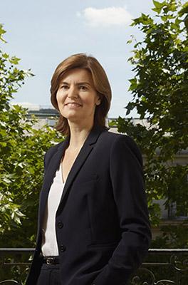 Catherine Filzi est avocat spécialisée en droit du travail et droit commercial