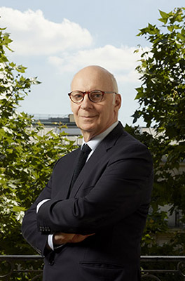 Pierre Cornut-Gentille est avocat spécialisé en droit pénal