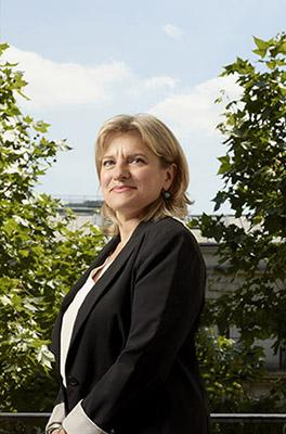 Virginie Monteil est avocat spécialisée en droit du travail